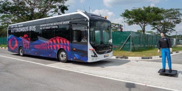 Volvo presenta el primer autobús eléctrico autónomo de 12 metros del mundo