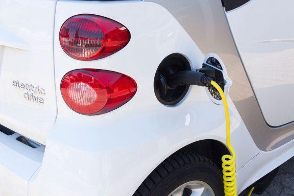 Los coches eléctricos se disparan en enero