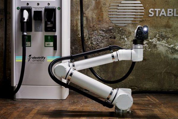 La primera estación de recarga robotizada para coches eléctricos empezará a funcionar en 2020