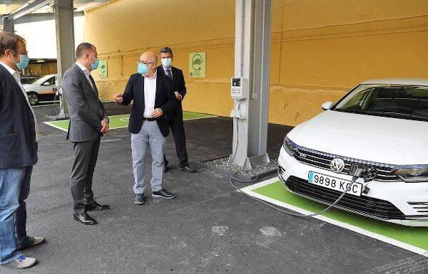 El Gobierno de Canarias destina 100 millones de euros a la compra de coches sin emisiones